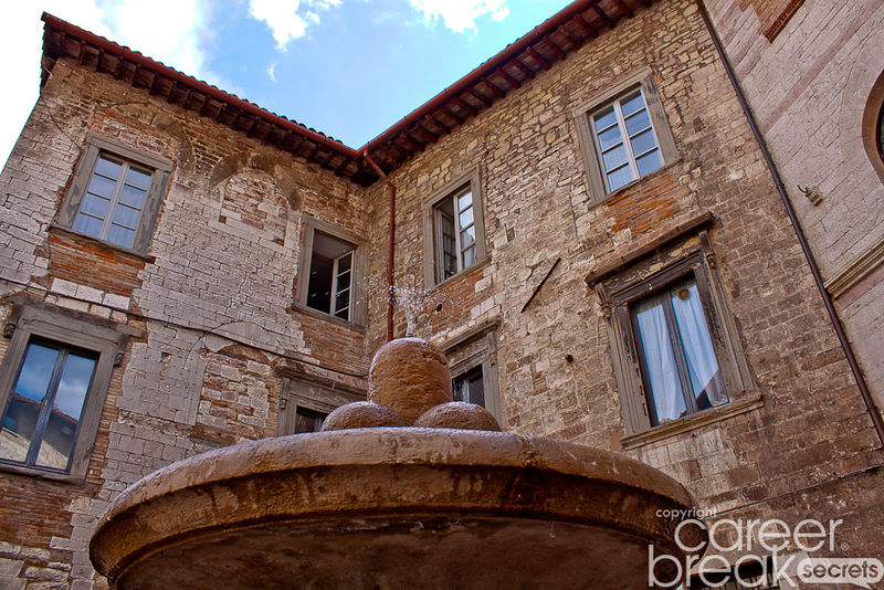 what to see in gubbio, umbria, career break travel in Italy