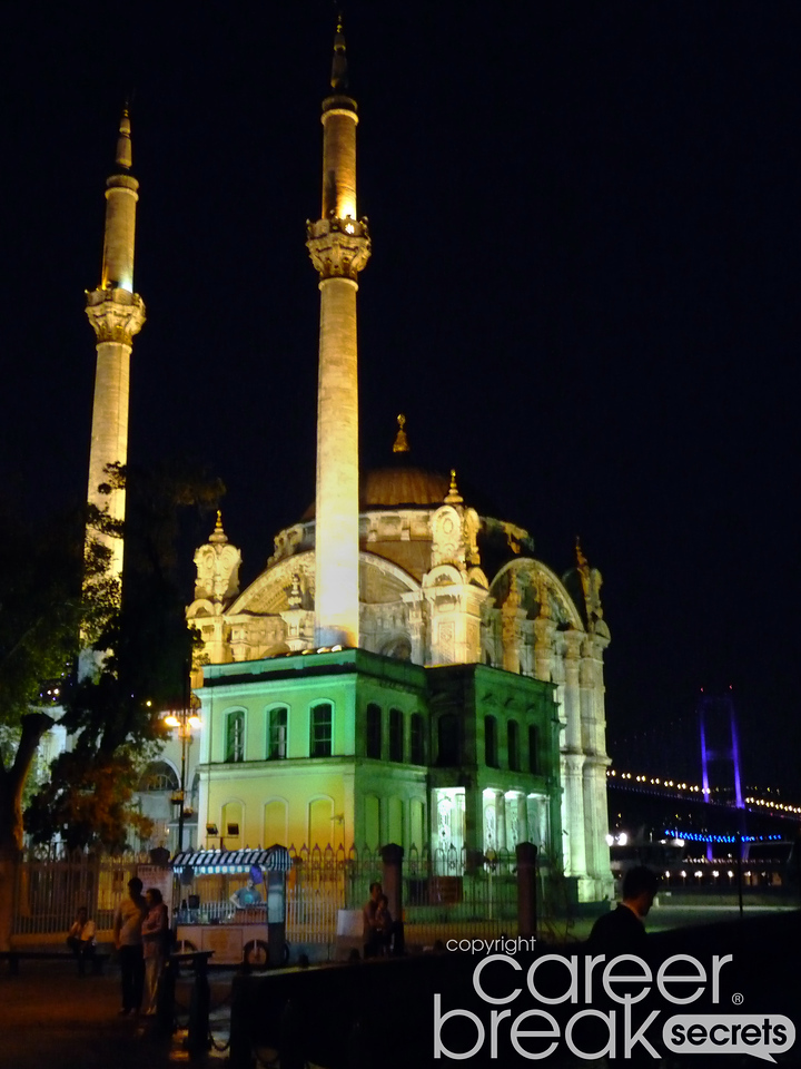 ortakoy mosque, istanbul, career break travel adventures in Turkey
