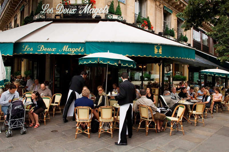 paris cafes, career break travel adventures in Paris, France
